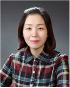 서윤미 선생님  사진